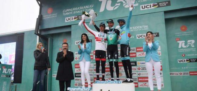 Türkiye Bisiklet Turu'nun 5. Etap Ödül Töreni Yapıldı