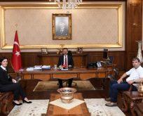 Aynur Şöhretli Yiğit, Aksoy'u Ziyaret Etti
