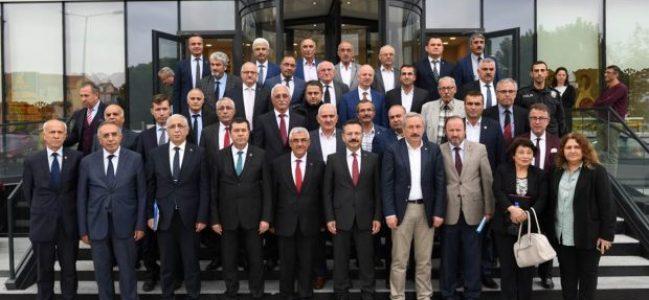 Muhtarlar toplantısının 12. si Derince'de Yapıldı