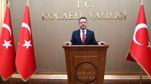 Vali Hüseyin Aksoy,tüm Kocaelililerin yeni yılını kutladı.