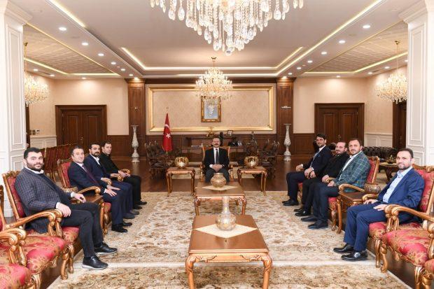 Atılımcı İş Adamlarından Vali Aksoy'a Ziyaret