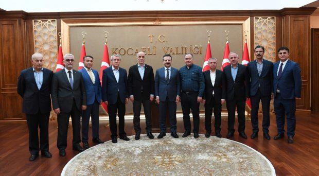 Türk-İş'ten Vali Aksoy'a Ziyaret
