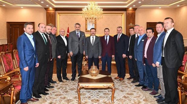 Vali Aksoy,Amatör Spor Kulüp Başkanlarıyla..