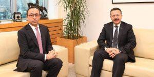 Vali Aksoy, TÜPRAŞ Genel Müdürü Yelmenoğlu'na iade-i ziyarette bulundu.