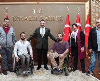 Başiskele Engelliler Spor Kulübü Vali Aksoy'u ziyaret etti