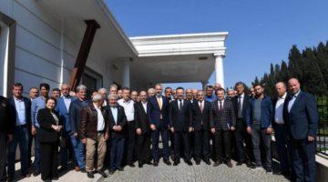 Aksoy, 8. Muhtarlar toplantısını Karamürsel'de yaptı.