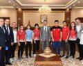 Vali Aksoy Şampiyonları Ödüllendirdi