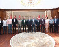 Kocaelispor Yönetimi Vali Aksoy'la