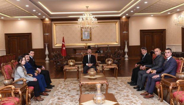 Vali Aksoy Ülkü Ocakları Yönetimini Kabul Etti