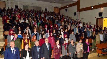 Hülya Aksoy Suriyeli kadınlarla bir araya geldi