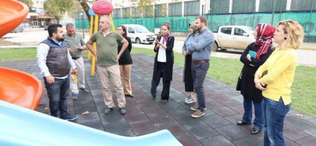 Daha güvenli çocuk oyun grupları