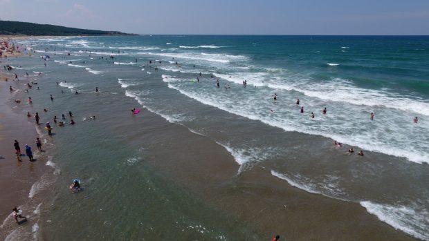 Bir haftada 135 kişi boğulmaktan kurtarıldı