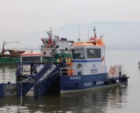 Bir yılda denizden 380 ton çöp toplandı