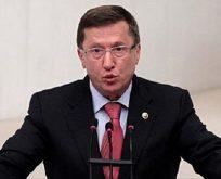Türkkan İzmit Belediyesini Meclis gündemine taşıdı