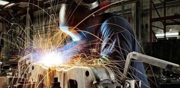 Sanayi üretimi yüzde 3,7 azaldı