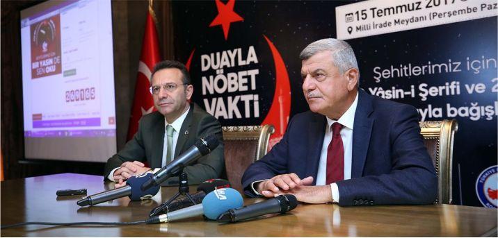 Vali ile Başkan Kocaeli'yi demokrasi nöbetine davet etti