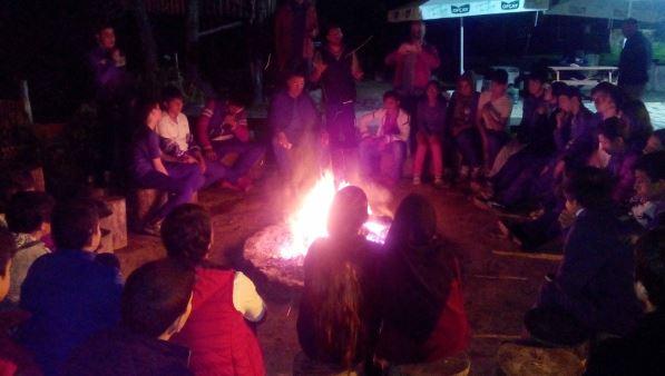 Beyaz kalpler öğrencileri Aytepe kampında