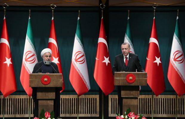 """""""İran halkının yanında durmaya devam edeceğiz"""""""