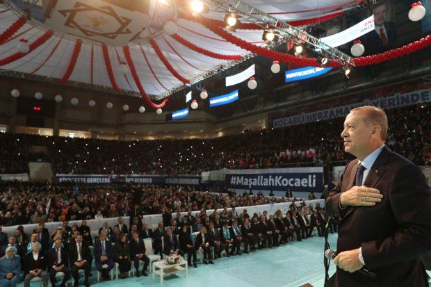 """""""Kocaeli'de sıkıntı varsa, Türkiye'nin her yerinde sıkıntı vardır"""""""