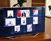 Kentin dinamikleriyle video konferans yöntemiyle bayramlaştı