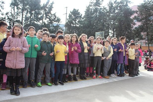 Gökşen Mustafa Yücel'e öğrencilerden vefa