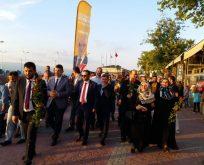 Sevgi Yürüyüşleri Karamürsel'de başladı