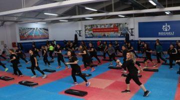 Antrenörlere, uygulamalı step-aerobik-pilates eğitimi