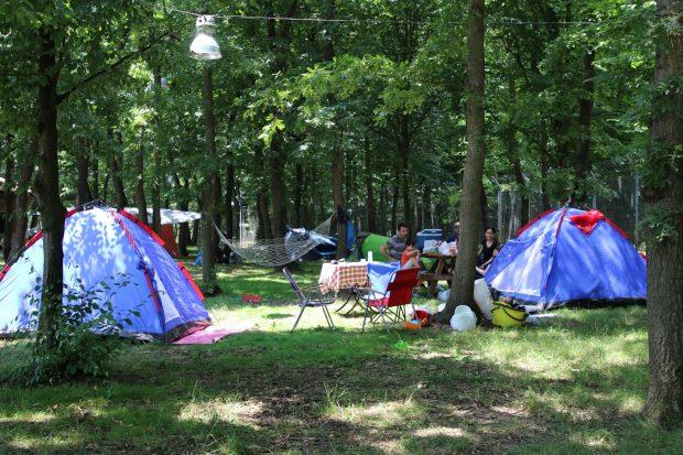 Ormanya kamp alanı ailelerin ilgi odağı