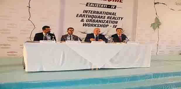 Büyükşehir'in Deprem Çalıştayı açılış oturumuyla başladı
