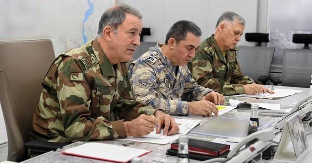 """Akar ve Komutanlar,""""Zeytin Dalı Harekatı """"Operasyon Merkezinde"""