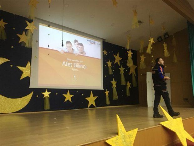 Kocaeli AFAD Okullardaki Eğitimlerini Tamamladı