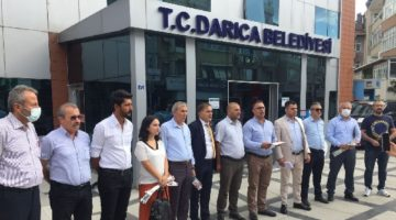 CHP'li meclis üyeleri salonu terk etti