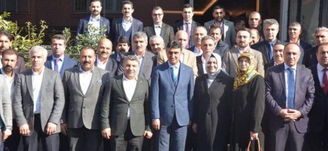 AK Dilovası'nda meclis üyesi adayları buluştu