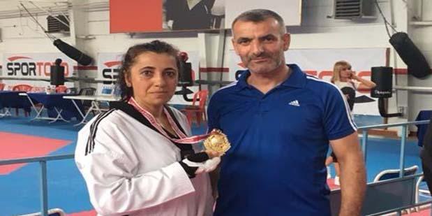 Taekwondo Türkiye Şampiyonasında Birinci Oldu