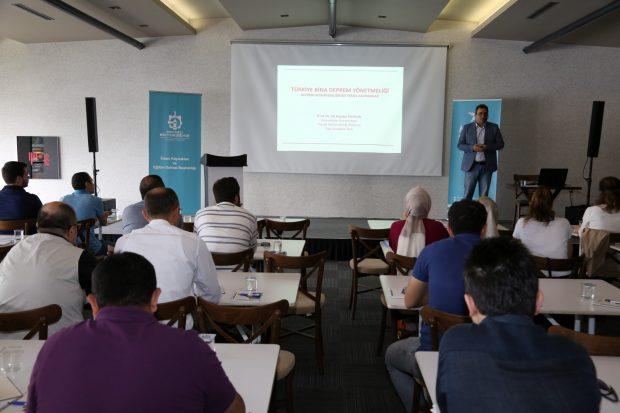 ''Türkiye Bina Deprem Yönetmeliği'' eğitimi