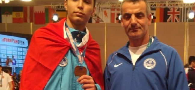 Şenkuru,Taekwondo Şampiyonasında bronz madalyanın sahibi oldu