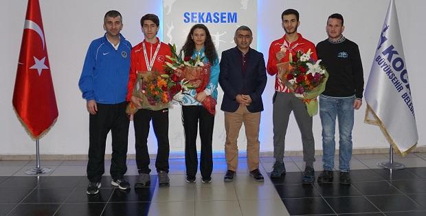 Karateciler Rusya'dan 3 bronz ile döndü
