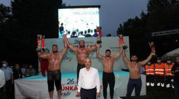 Hünkar Çayırı Yağlı Güreşleri'nin şampiyonu Ali Gürbüz