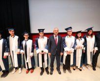 Özel çocuklara diplomaları verildi