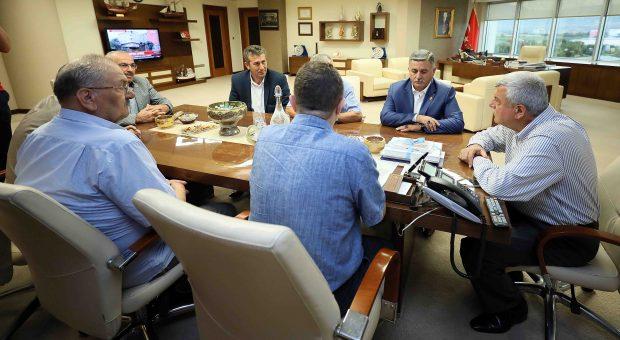 Karaosmanoğlu''Muhtarlarımızla Birlikte Çalışıyoruz''