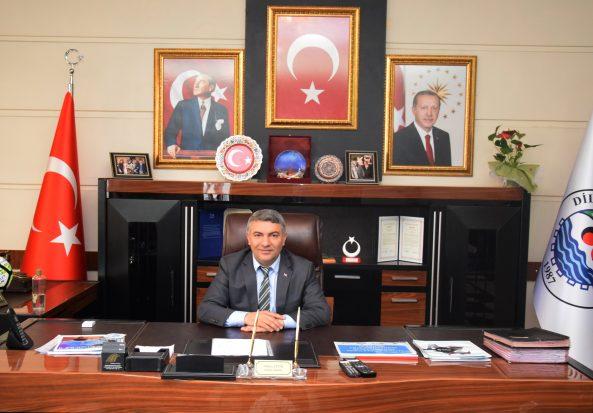"""""""Cumhuriyet, geleceğimizin en büyük güvencesidir"""""""