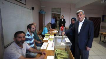 Başkan Karaosmanoğlu oyunu kullandı