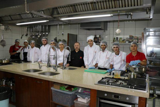Aşçı Yardımcılığı kursunda yeni dönem başlıyor
