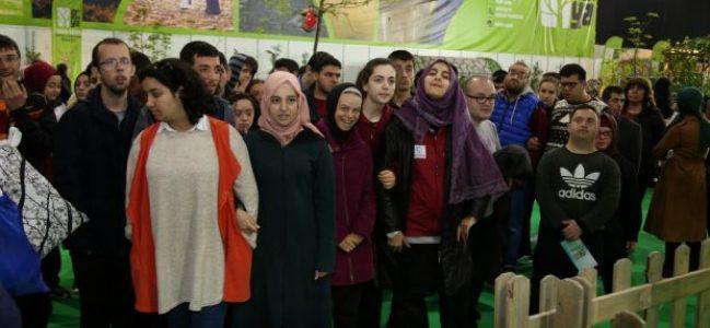 Özel öğrenciler 23 Nisan Festivali'nde