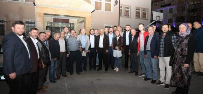 Büyükgöz Mustafa Paşa'yı dinledi