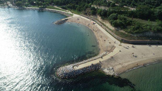 Darıca sahilinde halk plajı