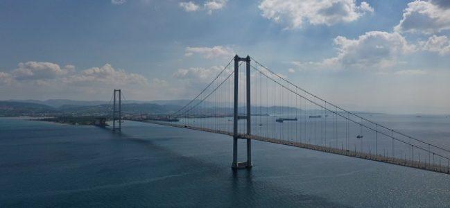 Osmangazi Köprüsü'nün hemen yanında