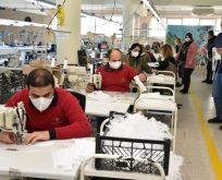 Gönüllü Engelliler Maske Üretiyor