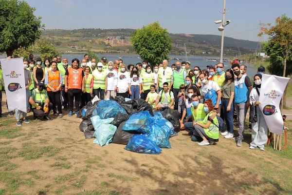 Doğaya Atılan Çöpler Toplandı