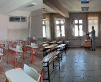 Okullarda dezenfekte ve temizlik çalışması